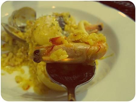 蕃紅花海鮮燉飯