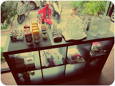 鐵塔.輕咖啡館