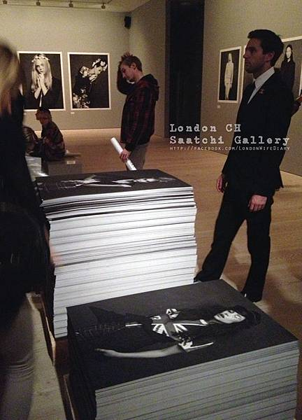 Saatchi-Gallery_Little-Black-Jacket06