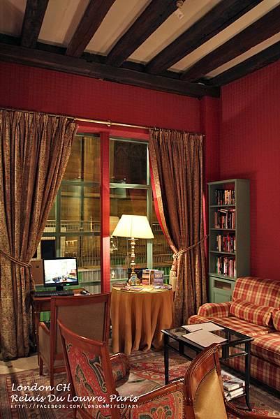 HOTEL:Relais-Du-Louvre09