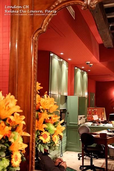 HOTEL:Relais-Du-Louvre08