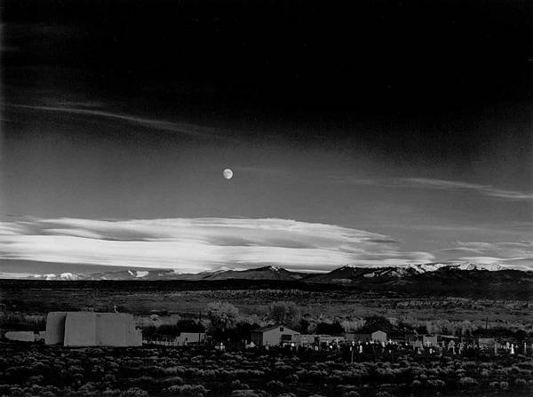 Moonrise-Hernandez-Ansel-Adams.jpg