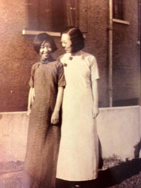 年輕張愛玲與姑姑張茂淵