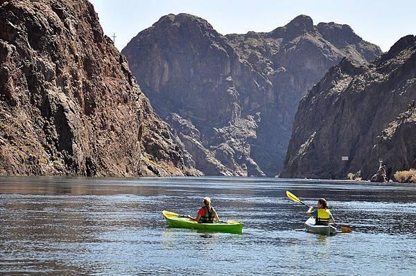 黑峽谷獨木舟1.jpg
