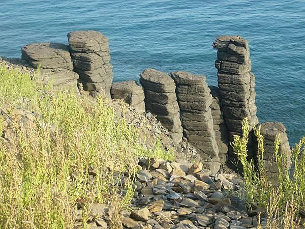 西北灣 平衡石