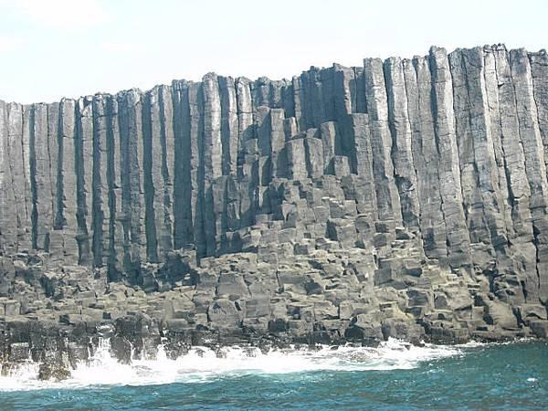 玄武岩海崖