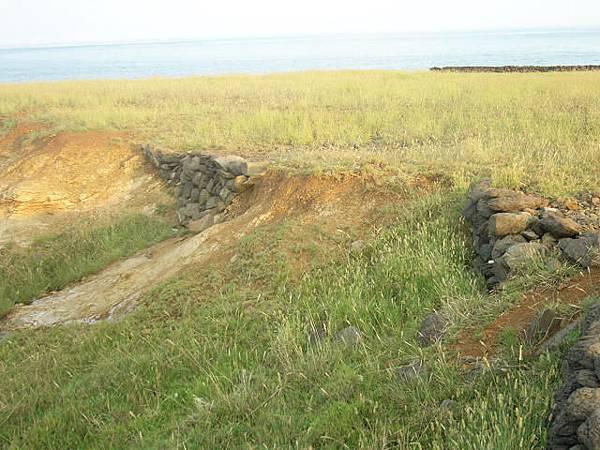東岸小擋土石牆