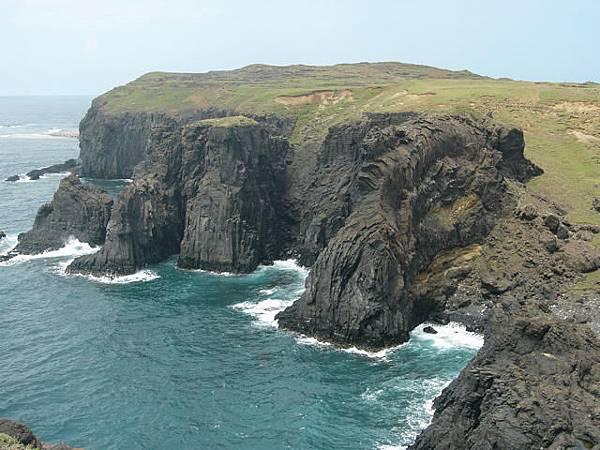 金龍寶塔海崖海蝕溝