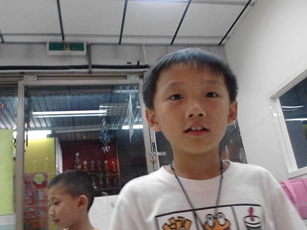2011年0617優仕安親班朱學城