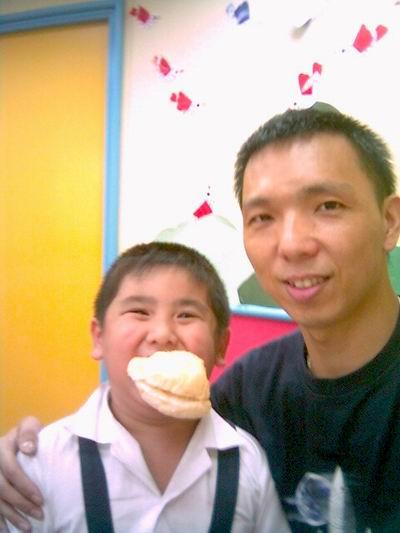 2006年0906與陳灝(陽光森林兒童美語補習班)