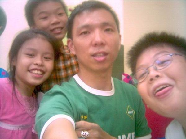 2006年0927姚思瑋、黃恩浩、鐘逸軒(陽光森林兒童美語補習班)