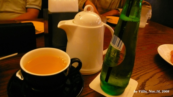 P1080437-玄米麥茶+汽泡蘋果汁.JPG