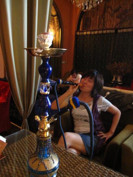 抽埃及水煙