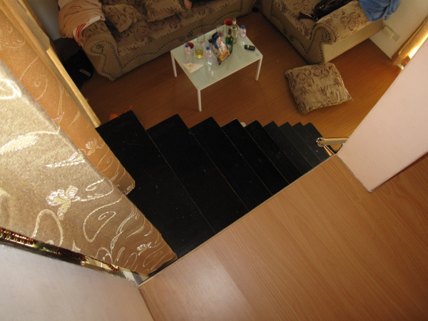 很抖的樓梯