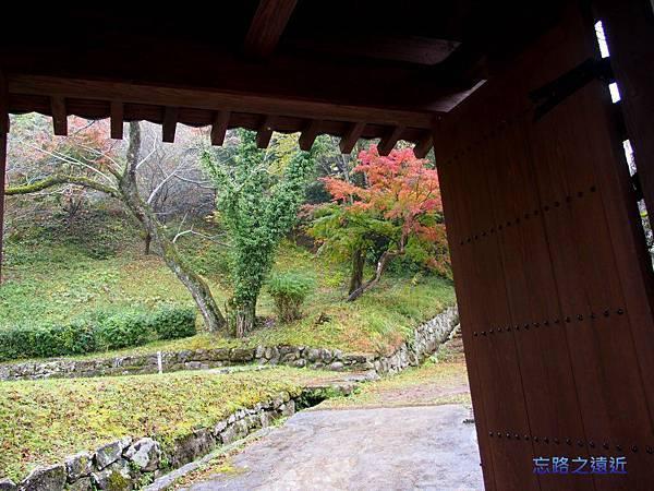 9人吉城櫓門.jpg