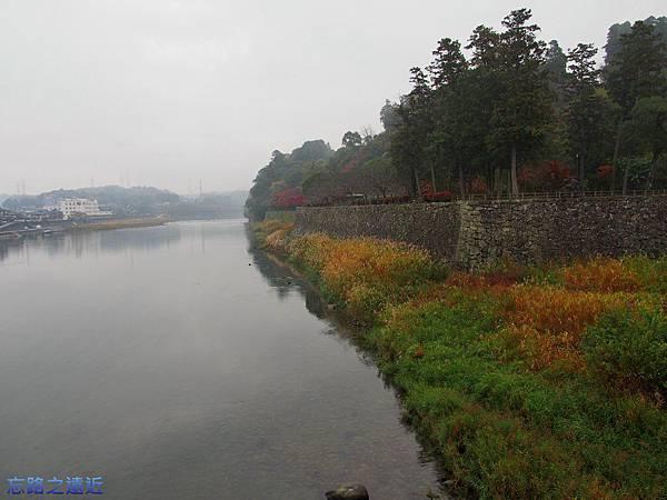 14人吉城與球磨川.jpg