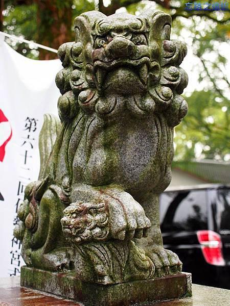 5青井阿蘇神社側門母獅.jpg