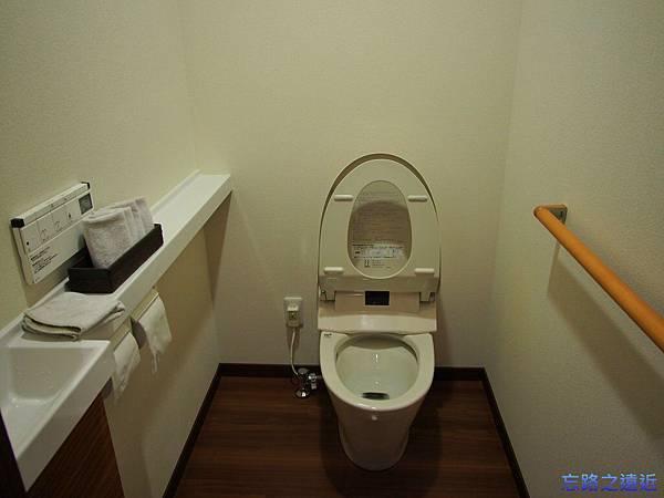 10晴海廁所.jpg