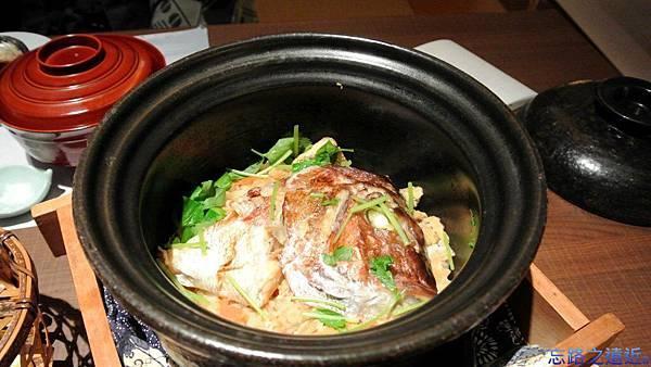 43鯛魚土鍋飯.jpg