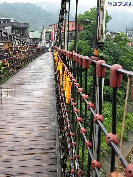 8十分靜安吊橋-1.jpg