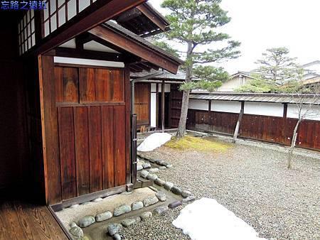 4高山陣屋入玄觀.jpg