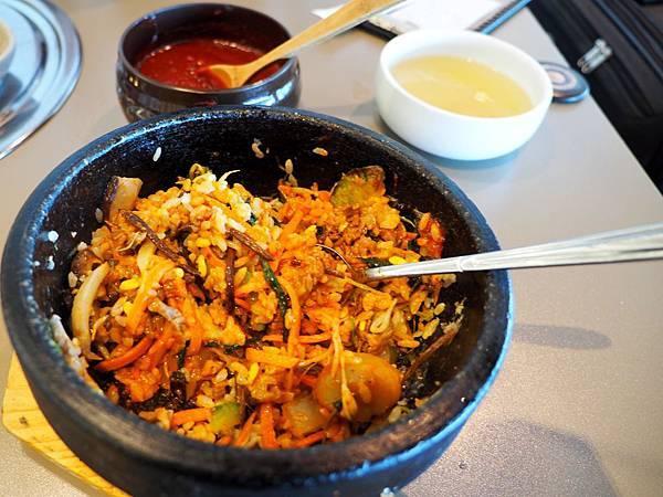 4首爾站餐廳拌飯.jpg