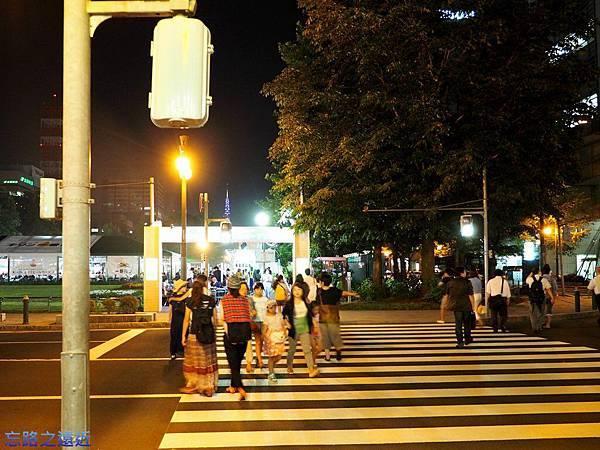 札幌啤酒節-人行道