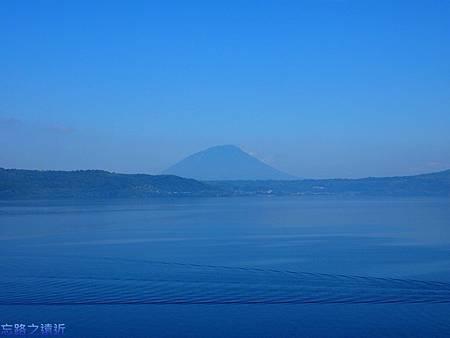 洞爺湖花景色早晨-2.jpg