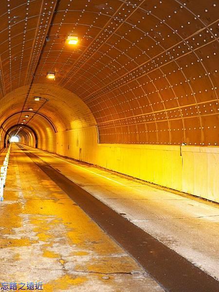 13豐平隧道內.jpg