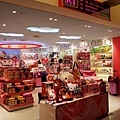 7迪士尼販店-3.jpg