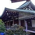 11苔寺宗務所往西來堂.jpg