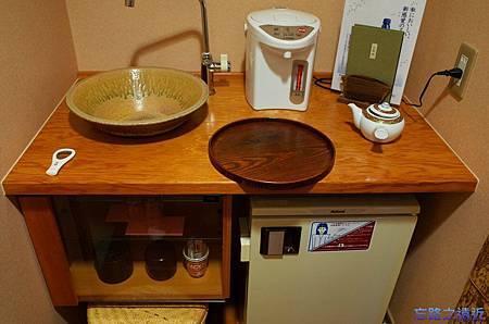 10月のしずく茶水台.jpg