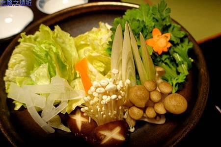 21月のしずく晚餐-涮涮鍋菜盤.jpg