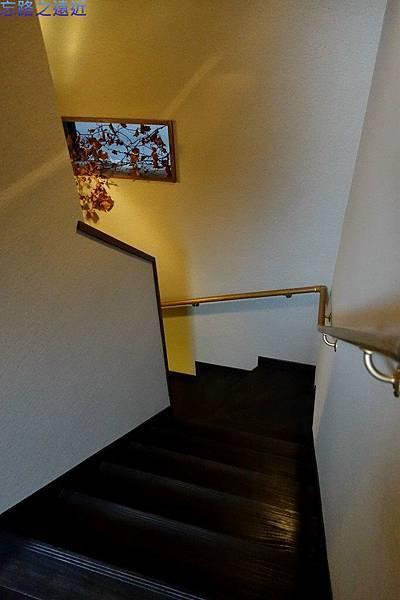 15「蔵」樓梯間