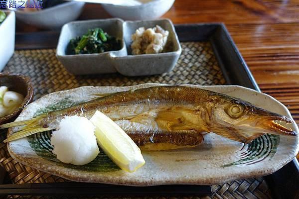 45「蔵」早餐-烤魚