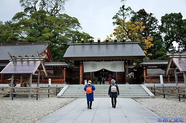 22元伊勢籠神社神門.jpg