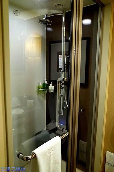 22龍名館Forus A房型浴室-1.jpg
