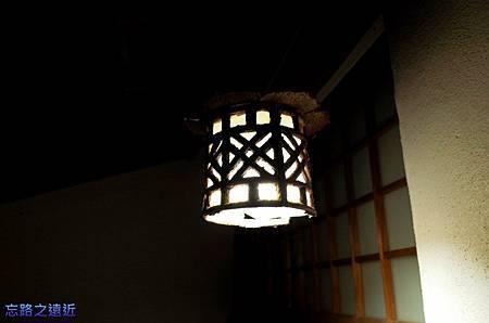 11河津石田屋離屋櫻入口燈飾.jpg