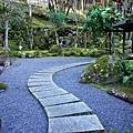 29渡月莊金龍宙庭園往上步道-1.jpg