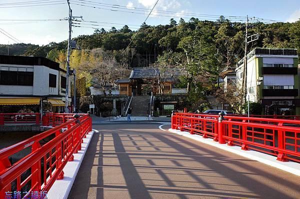 4虎溪橋前修禪寺.jpg
