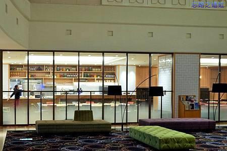 5靜岡世紀酒店一樓餐廳table.jpg