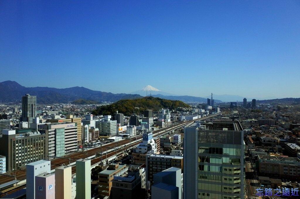 14靜岡世紀酒店房間眺望富士山-下午.jpg