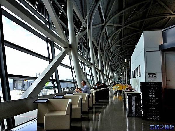 8關西空港座椅-2