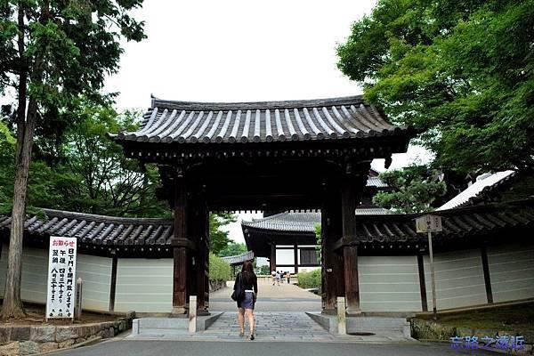 1東福寺日下門.jpg
