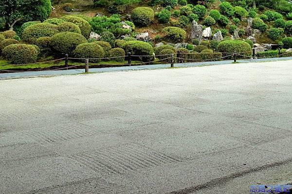 16東福寺普門院外枯山水.jpg