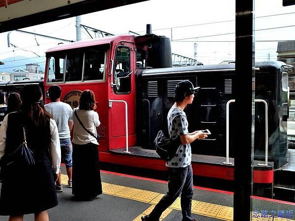 5TOROKKO小火車.jpg