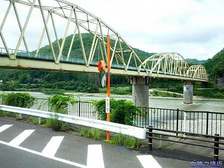 4往本宮大社窗景-1.jpg
