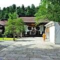 20熊野本宮大社神門前參道.jpg