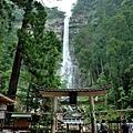 9飛瀧神社鳥居及大滝.jpg