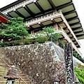 11青岸渡寺入口石階.jpg